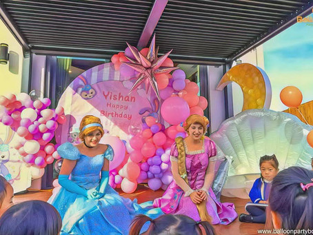Yishan celebrates her 5th Birthday party with her favorite Disney Princesses