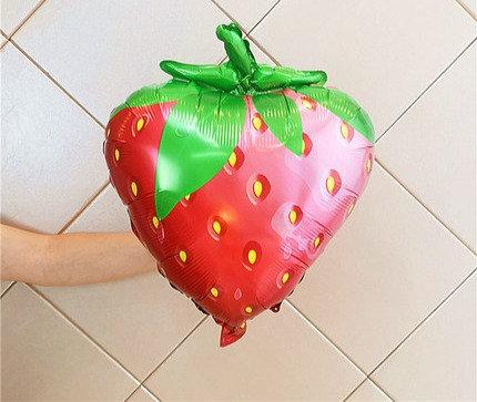 48.5x63cm Strawberry Balloon