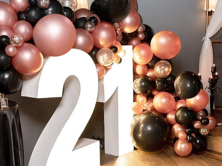 Balloon Party Box can help you with organizing your 21st Birthday Party