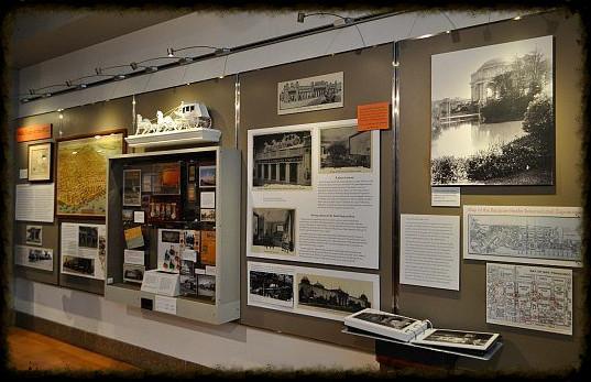 Storyboard exhibit w artifacts