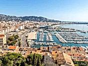 Cannes Vieux Port.jpg