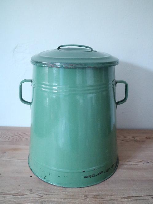 Küchenbehälter aus Emaille