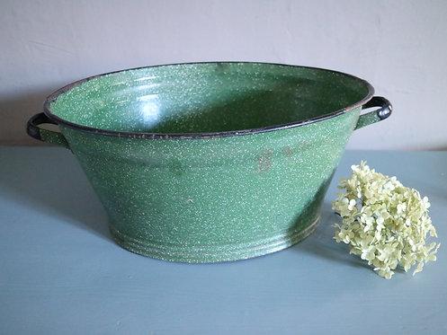 Emaille-Wanne in grün