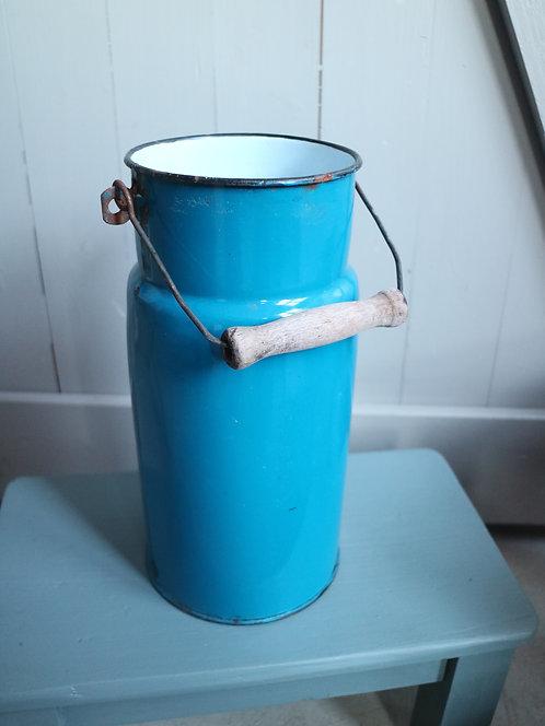Emaille Milchkanne in blau