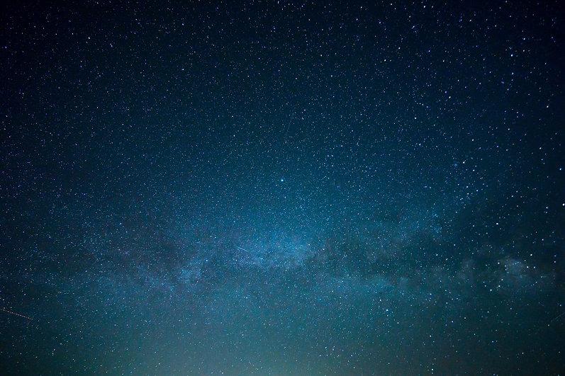 sky-828648.jpg
