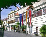 Eisenstadt-Rathaus.jpg