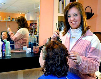 valerie, valeries mobile hair, haircuts, customer, scissors, haircut