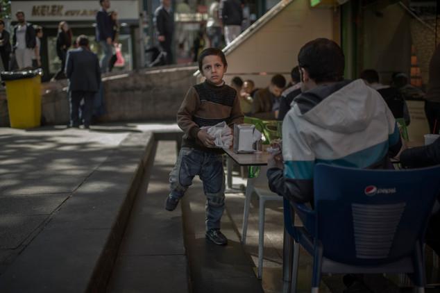 002-Barnen_på_Istanbuls_gator.JPG