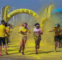 047_All the fun of the coour run