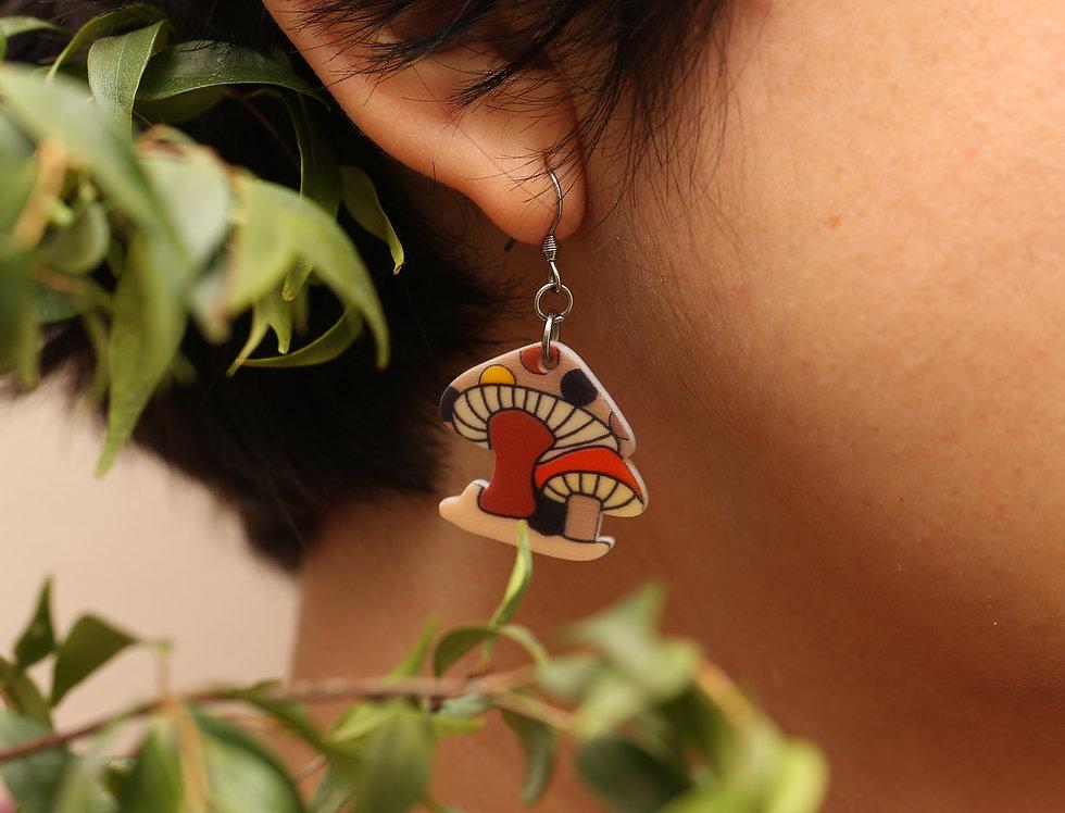 Brown cartoon mushroom earrings