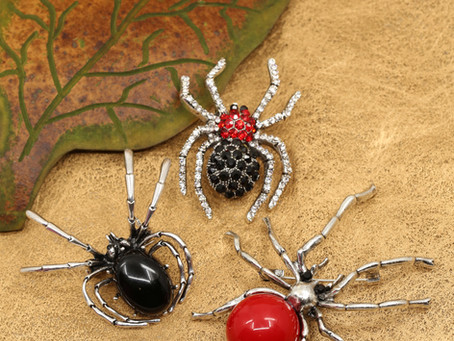 SPIDER BROOCHES