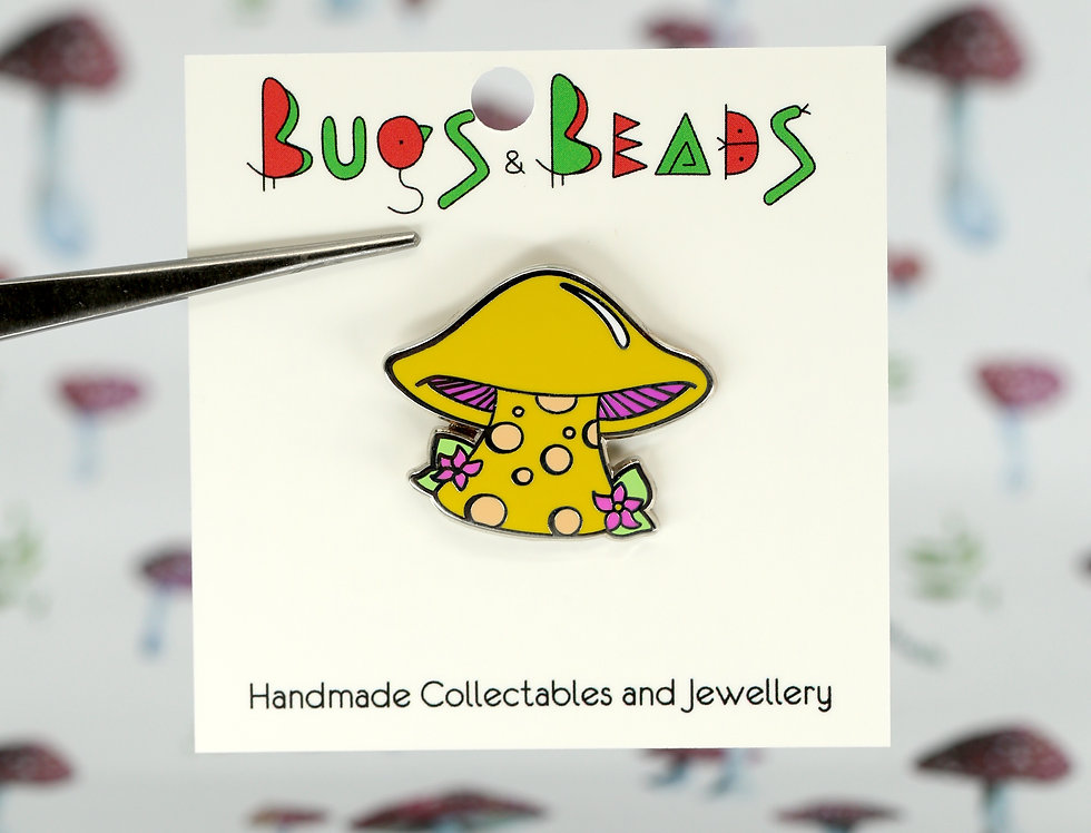 Gilled mushroom cartoon pin