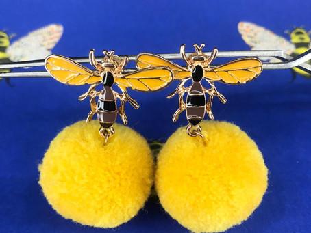BEE AND POLLEN EARRINGS