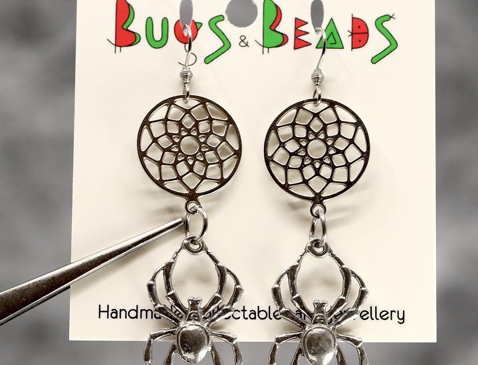 Crab spider & dreamcatcher earrings