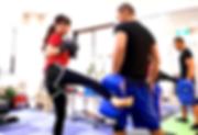 キックボクシングのミットフィットネス