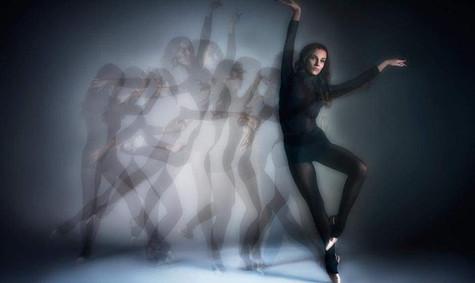 modern-ballett-taenzerin-klassik-contemp