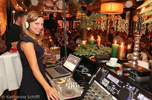 DJane-event-gala-hochzeit-party-wien-oes