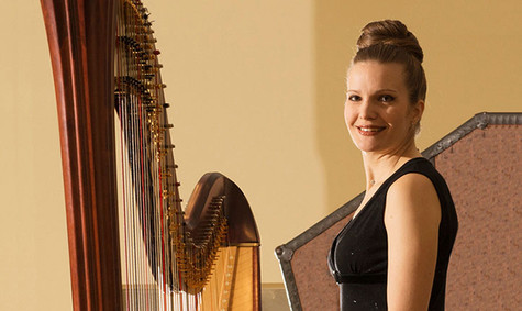 Harfe-musikerin-klassik-pop-hochzeit-eve