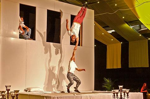 Samba Brasil Show, Tanzgruppe, Rio de Janeiro Carneval Showacts, Tanzact, Brasilianische Trommler, 2 bis 12 Tänzerinnen, Entertainment, Künstleragentur & Eventagentur, Sugar Office, Wien, Vienna, Österreich, Austria, www.sugar-office.com