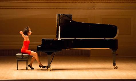 klassik-pianistin-klavierspielerin.jpg