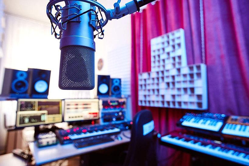 sugar-office-tonstudio-wien-mastering-musikproduktion-jingles-aufnahmen-komposition-filmmusik-signations-recording-österreich