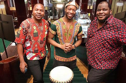 afrikanische-acapella-band-saenger-tanz-
