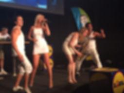 DJ-Live-Act-Sängerin-Saxophon-DJane-Tanz-Gesang-UV-Show-Deep-House-Remixe-Party-Sugar-Office-Künstleragentur-Musikagentur-Eventagentur-Wien-Österreich-Gala-Event-Incentive-Firmenfeier