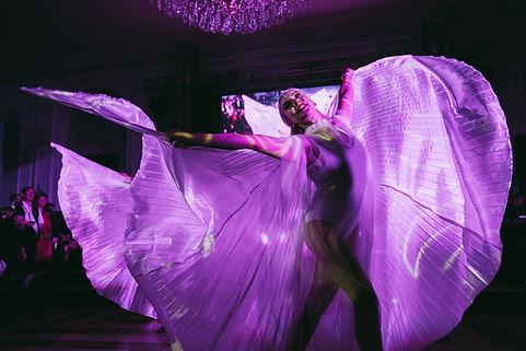 Isis Wings Tanz Show-Act, klassisch und
