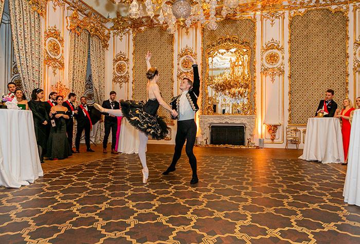 ballett-klassisch-tänzer-tänzerin-sc