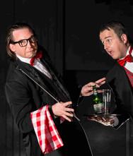 Comedy Kellner Walkingact für Hochzeit & Event ★★★ Künstler- & Entertainmentagentur Sugar Office | Wien | Österreich
