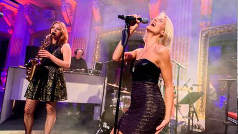 SUGAR SKY | Damen Duo - Bring It Back (Moloko)