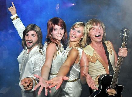 Abba-Tribute-Show-Revival-Band-Sugar-Office-Künstleragentur-Musikagentur-Eventagentur-Wien-Österreich-Gala-Event-Party-Incentive-Firmenfeier