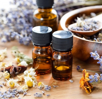 Young Living or doTerra Essential Oils