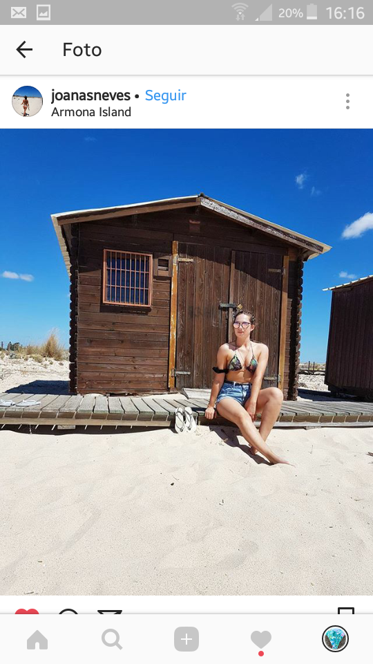 cliente bikini praia