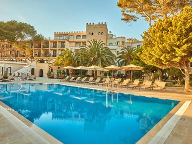 Hyatt toacquire Apple Leisure Group, expanding global brand presence in luxury leisure travel