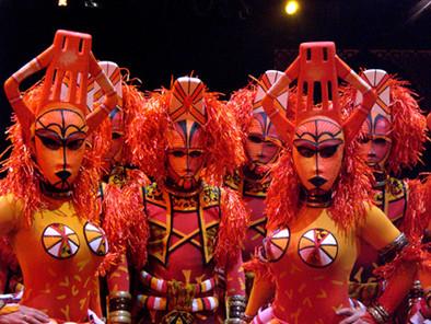 Masque cirques spectacles