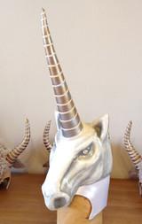 Masque licorne spectacle