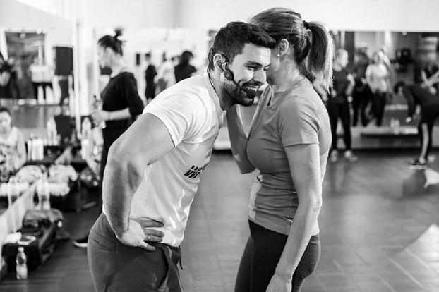 Intense Fitness - depaseste-ti limitele si devino cea mai buna versiune a ta