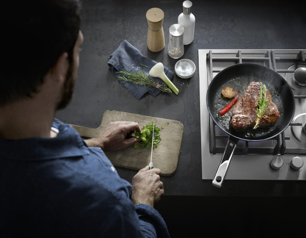 Sarbatoreste luna indragostitilor si pregateste cina perfecta alaturi de WMF