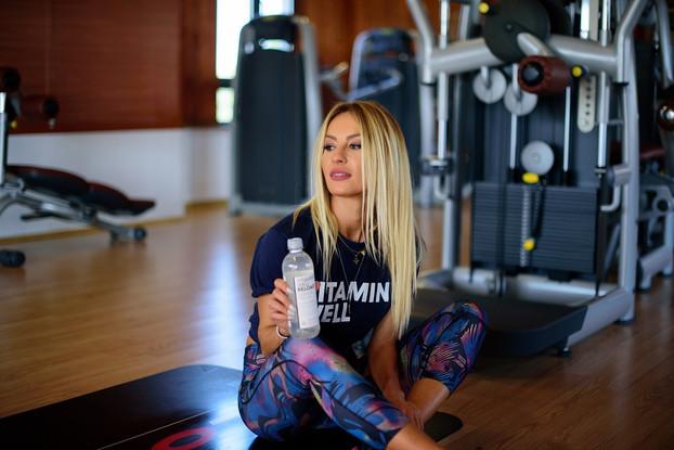 Flavia Mihasan este noul brand ambasador Vitamin Well Romania