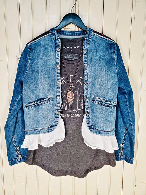 CUTE-AS-CAN-BE JEAN JACKET