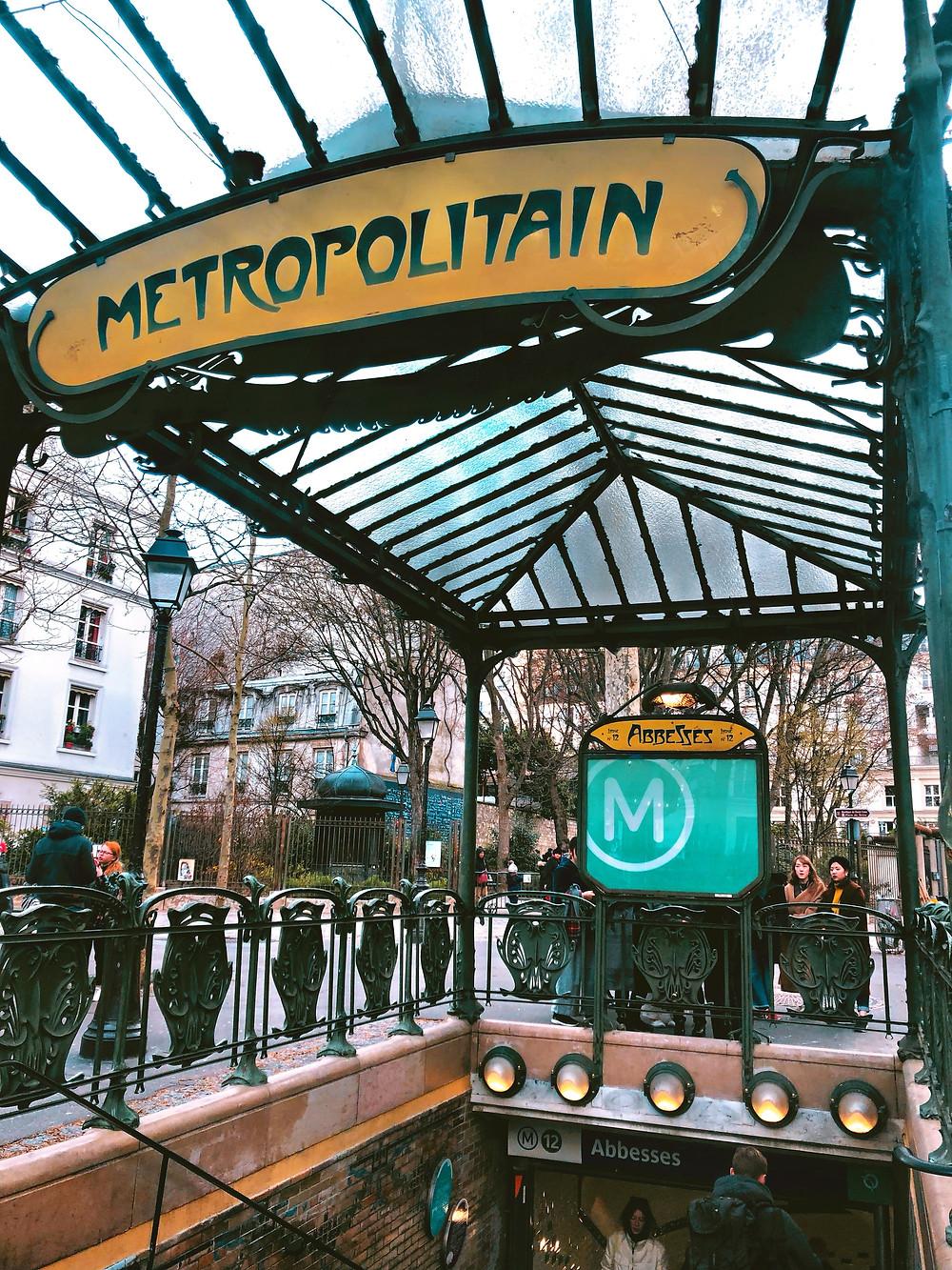 moulin rouge metro paris best vacation destinations