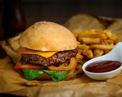 Burger&Crubs_Ulitsa_1905g_Бифбургерc