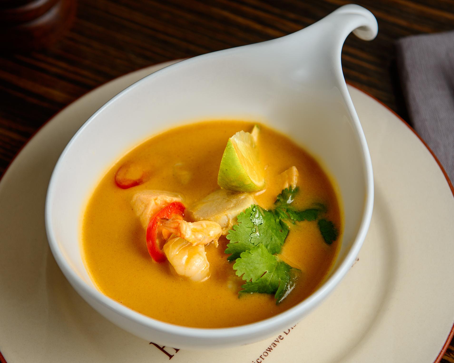Burger&Crubs_Ulitsa_1905g_Тайский пикантный суп с морепродуктами