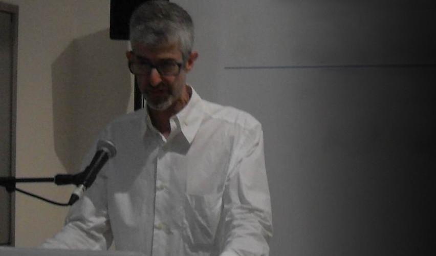 Peter Linnett speaking at Design Forum Dubai