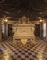 Tumulo_santa_joana_museu_aveiro.bmp