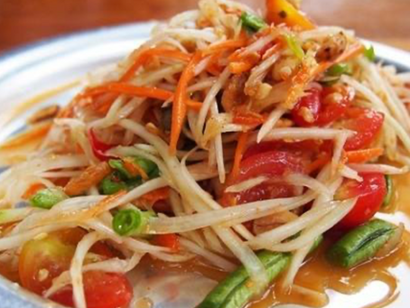 Green Papaya Salad: Refresh Crunchy Delicious