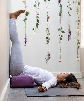 yin yoga 2.jpg