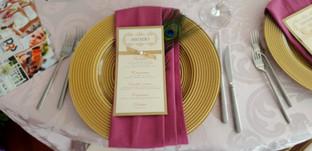 Подложна чиния - златна