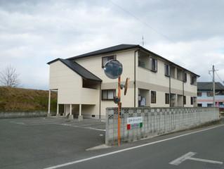 【スターリーハイツE201】値下げしました! スーパー、コンビニ300メートル! 駐輪場、来客用駐車場完備!